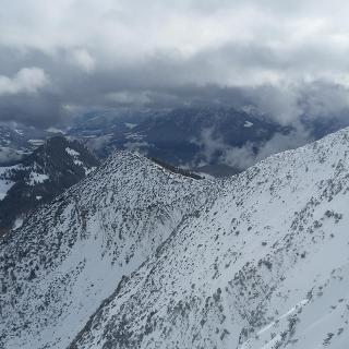 Grat zum Steiner Joch vom Gipfel aus
