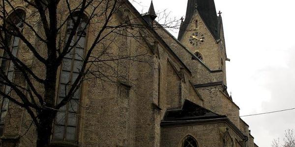 Start der Wanderung bei der Pfarrkirche St. Valentin
