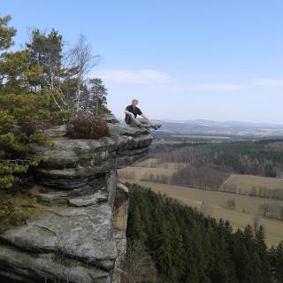 Überhängende Felsnase