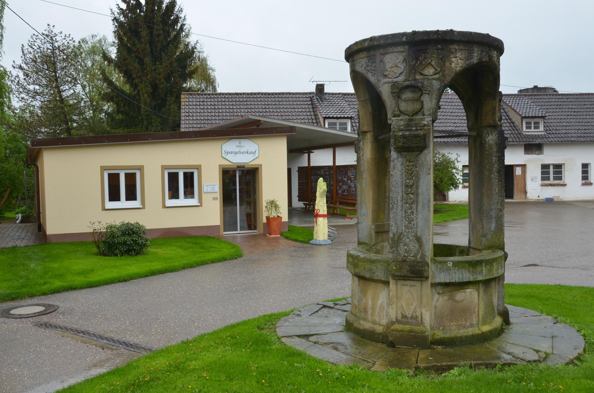 Spargelgut Wasserschloss In Helmstadt