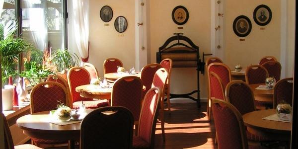 Blick in das Café, Schulze LAdencafé Borgholzhausen