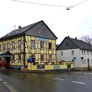 Startpunkt in der Ortsmitte Rheinböllens