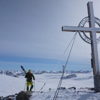 Fantastischer Rundblick vom Gipfel aus