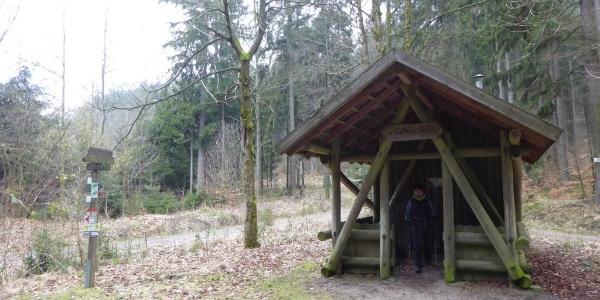 Hütte am Sattel