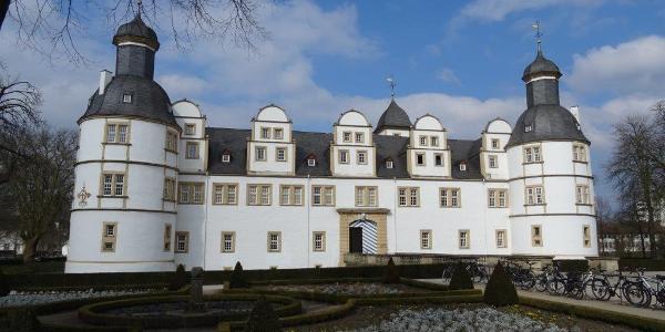 Schloß Neuhaus
