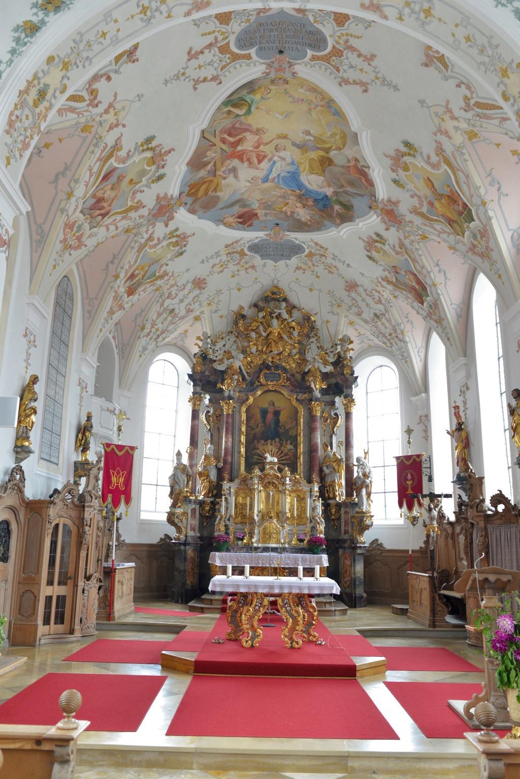 Schöner Kircheninnenraum entlang der Schlossparkradrunde  - @ Autor: MS&P, Michael Schott  - © Quelle: Tourismusverband Ostallgäu e.V.