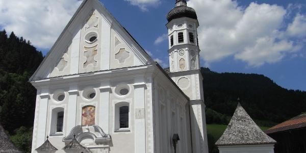 """Kath. Pfarrkirche """"St. Michael"""" Sachrang"""