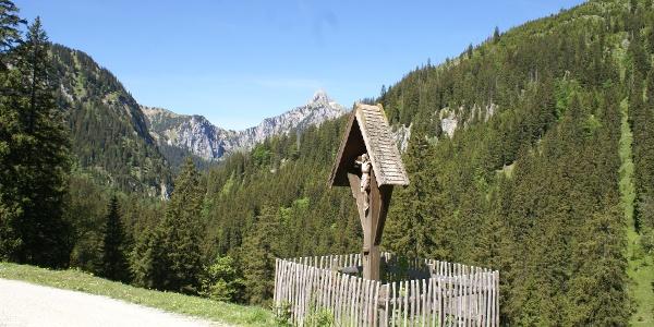 Feldkreuz am Weg zur jägerhütte
