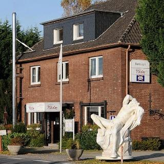 (c) Landhaus Nicolay