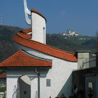 Friedhofkapelle Böhlerwerk mit Blick zum Sonntagberg