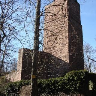 Bergfried Burgruine Liebeneck