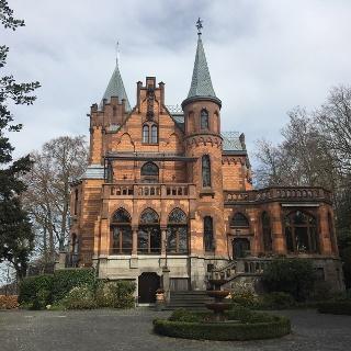 Die Hirschburg