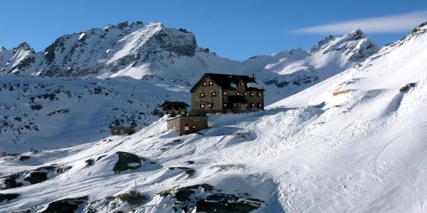 Duisburger Hütte im Winter