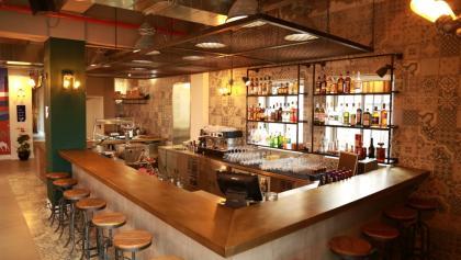 Hosteleigene Bar