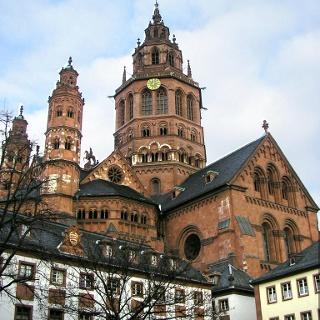 Mainzer Dom von Südwesten