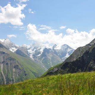 Tauerntour - Blick hinüber zu Hohem Tenn und Großem Wiesbachhorn - Ziel für Tag 3