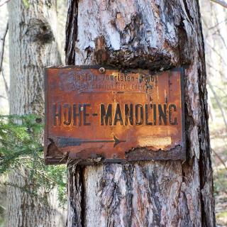 Wegweiser zur Hohen Mandling
