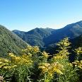 Von Spoccia genießen wir den herrlichen Ausblick auf die Berge des Val Cannobina.