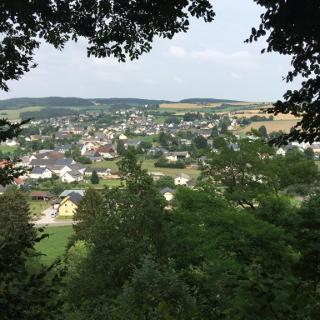 Blick auf Pronsfeld vom Höhberg