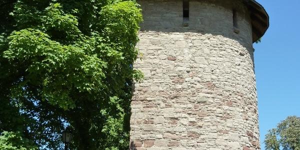 Stadtmauer mit Wachturm