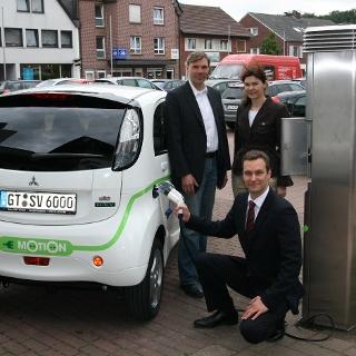 Ladesäule E-Bike, Elektroautos und -roller