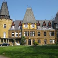 Schloss Hollwinkel im Mühlenkreis.jpg