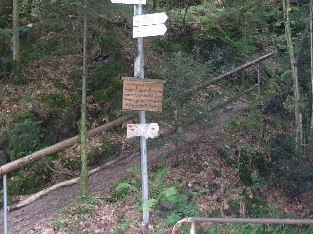 Zum Haselbachwasserfall
