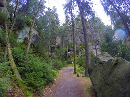 Foto Wunderschöne Wanderwege wie hier kurz vor der Gautschgrotte