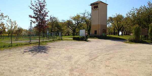 Parkplatz bei den Kirschgärten