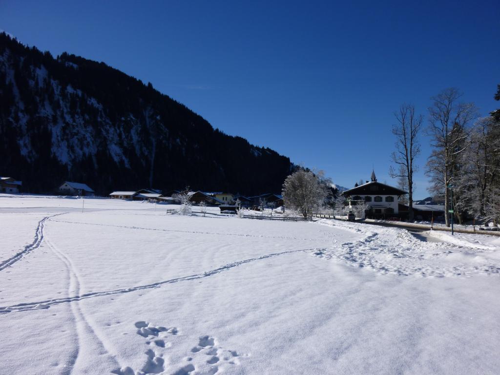 Blick zurück nach Haldensee  - @ Autor: kUNO  - © Quelle: Tourismusverband Tannheimer Tal