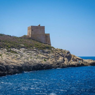 Der Xlendi Tower