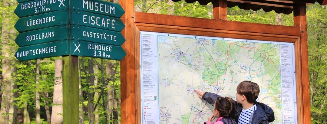 Informationstafel zu den Hohburger Bergen
