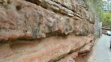Wege durch den bunten Stein
