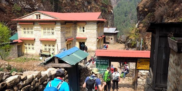 Eingang Sagarmatha Nat. Park ~2850m