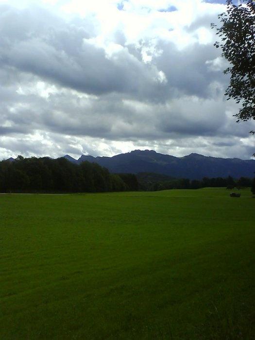 Wander- und Spazierweg Nr. 2: Die Berge immer im Blick