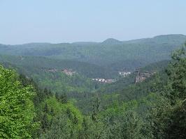 Blick vom Hühnerstein (Foto: Jacques Noll, Quelle: Südwestpfalz Touristik e.V.)