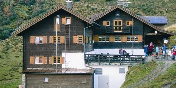 Schwarzwasserhütte