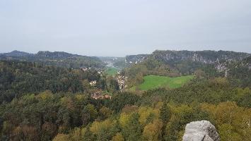 Foto Ausblick vom Gamrig über das Rathener Gebiet