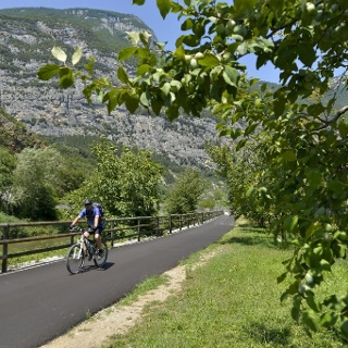 Ciclabile / Radweg / Cycle path - Dro
