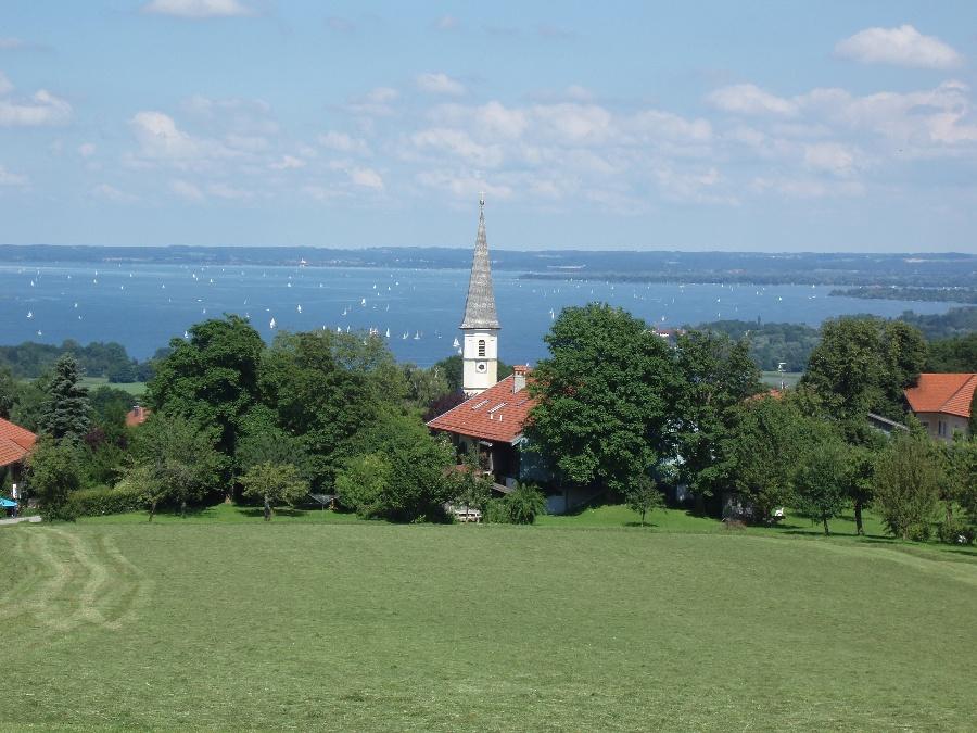 Blick auf Hittenkirchen-©Quelle: Gemeinde Bernau a. Chiemsee