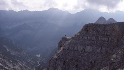 Ewige Weiten im Karwendel – am Gipfel der Birkkarspitze