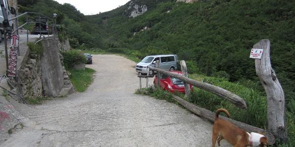 Parkplatz am Agriturismo