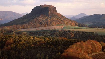 Der Lilienstein im Herbst.