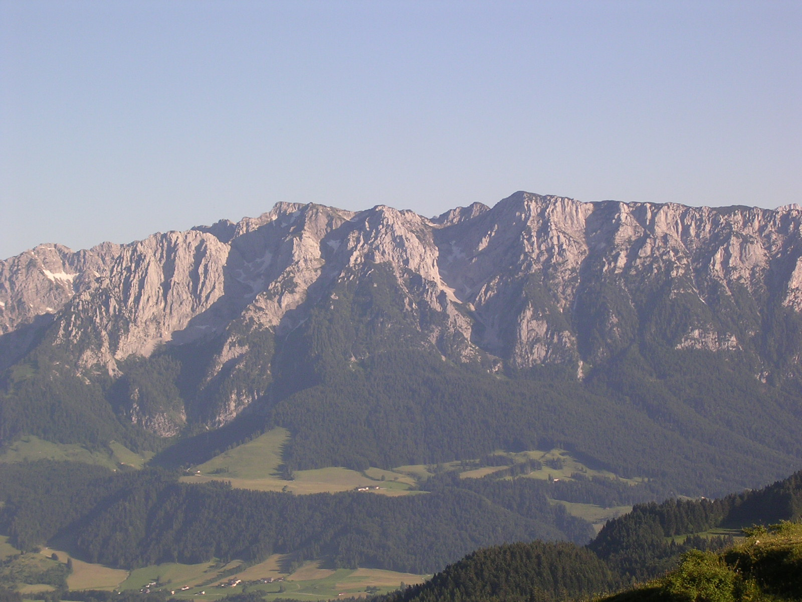 Blick vom Spitzsteinhaus nach Süden zum Zahmen Kaiser