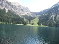 Übern See zur Unteren Traualpe <nobr>(Quelle: Tourismusverband Tannheimer Tal)</nobr>
