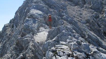 Schöne Platten führen zum Gipfel