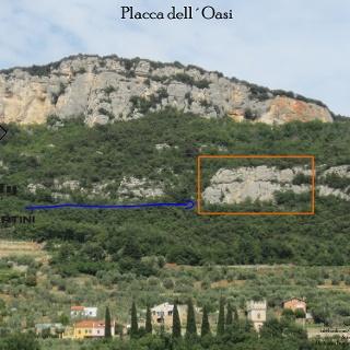 Placca dell´Oasi - Übersichtsbild Rocca di Perti - Topo