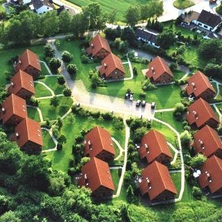 Der Natur-Ferienpark Nieheim aus der Luft