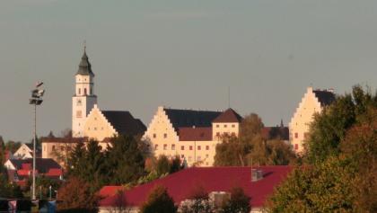 Fuggerschloss und Kirche St. Andreas