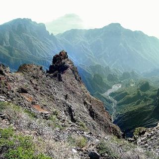 Ausblick in das Hinterland des Vulkanes.